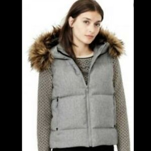 GAP Puffer Insulated Vest Fur Trim Hood Medium
